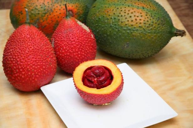 gac-fruit-moocos.com.JPG